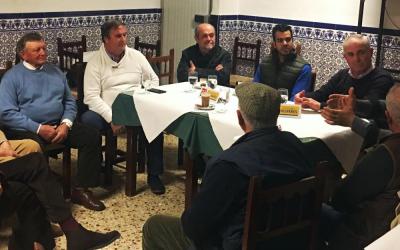 Encuentro para salvar el futuro de la agricultura en Olivares