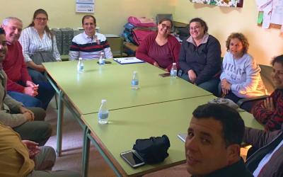 Madres y padres de alumnos de Los Eucaliptos hablan con el PSOE de Olivares