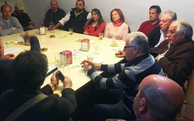 Los empresarios de Olivares hablan con el PSOE sobre la economía local