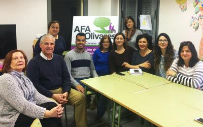 Encuentro con la Asociación de Familiares de personas enfermas de Alzheimer de Olivares